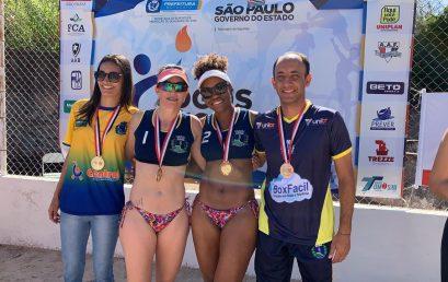Atletas do Botucatu/Unibr levam ouro no vôlei de praia dos Jogos Regionais