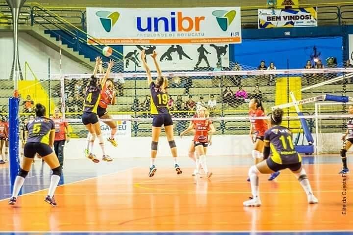 Botucatu/Unibr joga em casa contra Cotia